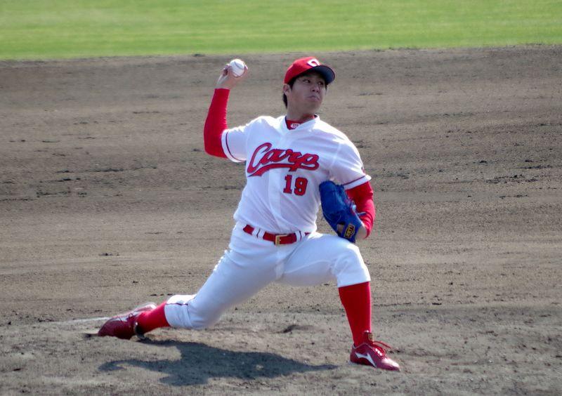 野村佑輔投手の投球フォーム